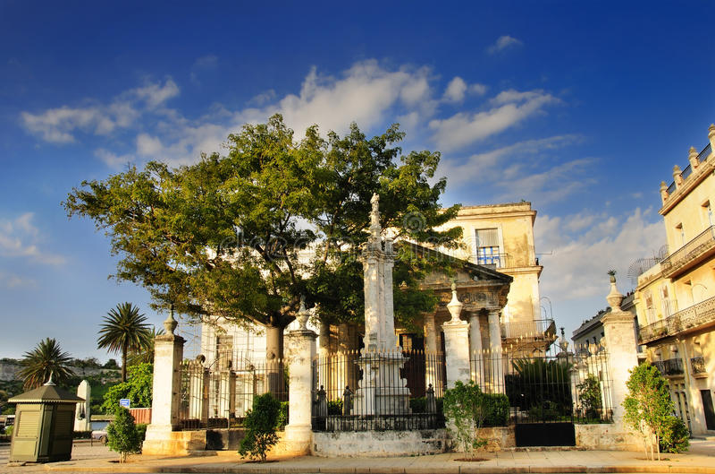 EL Templete in altem Havana stockbilder
