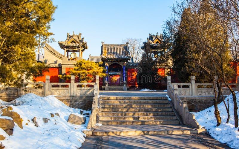 El templo conmemorativo de escena-Yuhua del templo de Jinci (museo) se cubra con nieve fotografía de archivo libre de regalías
