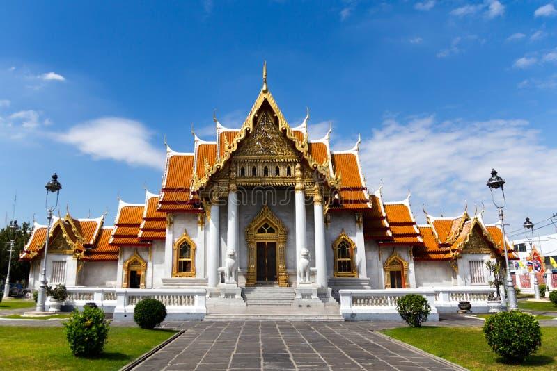 El templo de mármol, Wat Benchamabopitr Dusitvanaram Bangkok TAILANDIA fotografía de archivo