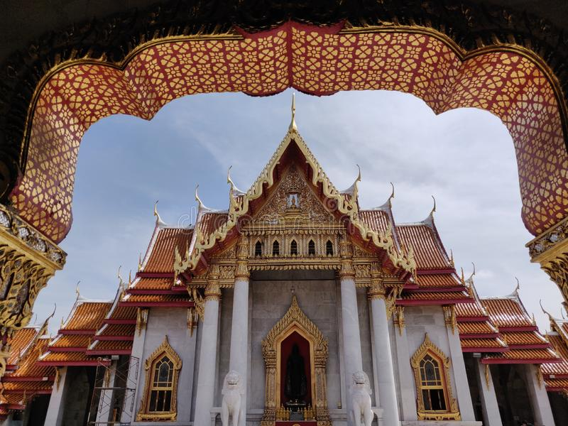 El templo de m?rmol, Wat Benchamabopitr Dusitvanaram Bangkok TAILANDIA imagen de archivo