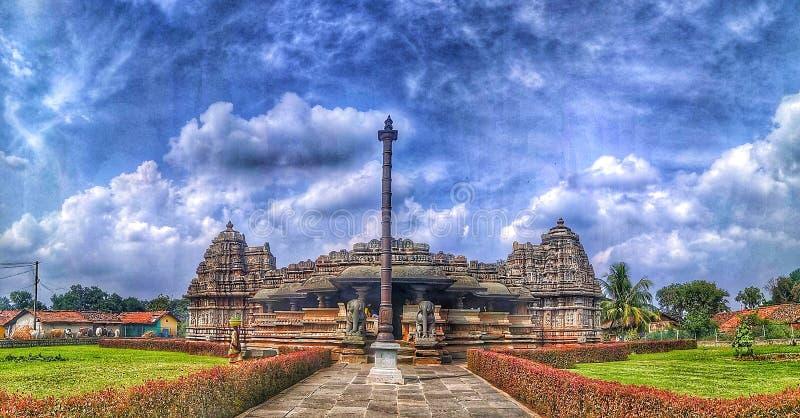 El templo de Veeranarayana Hoysala en Belavadi fotografía de archivo libre de regalías