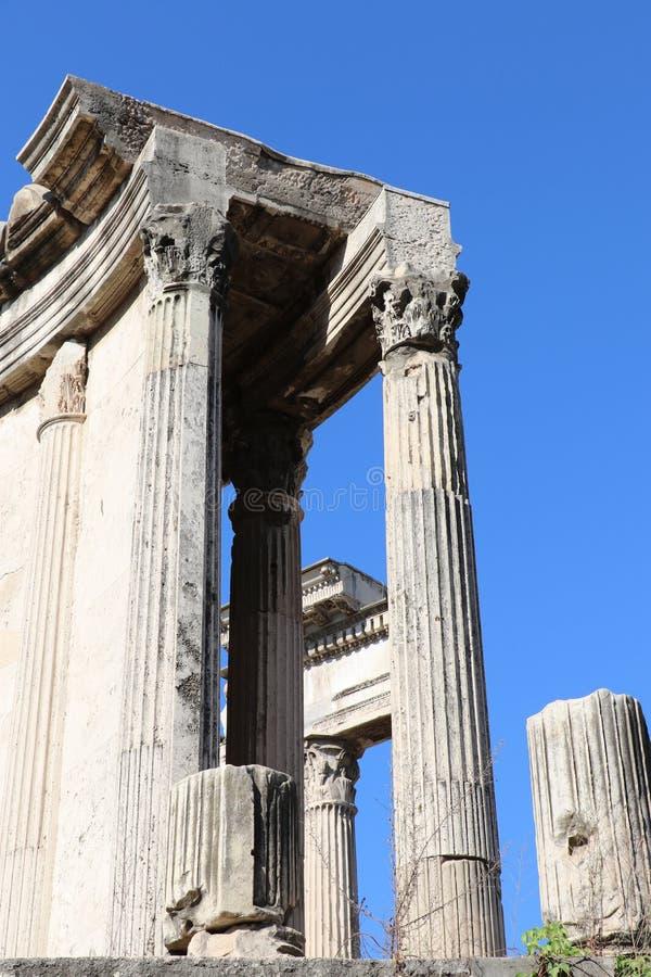 El templo de Vesta fotos de archivo