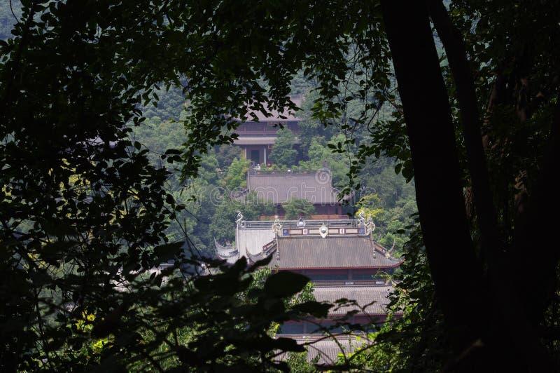 El templo en el área escénica de Lingyin imágenes de archivo libres de regalías