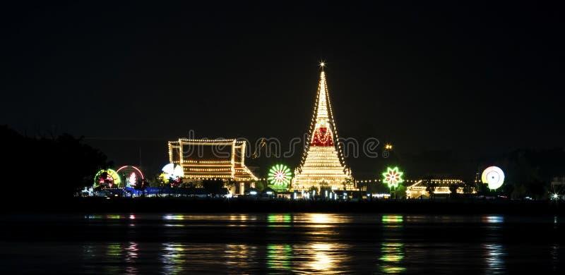 El templo Phra Samut Chedi imagen de archivo libre de regalías