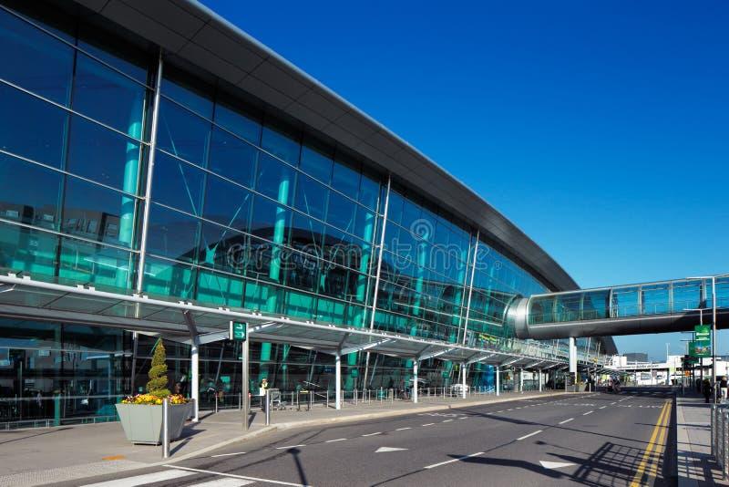 El terminal 2, Dublin Airport, Irlanda se abrió en noviembre de 2010 fotos de archivo