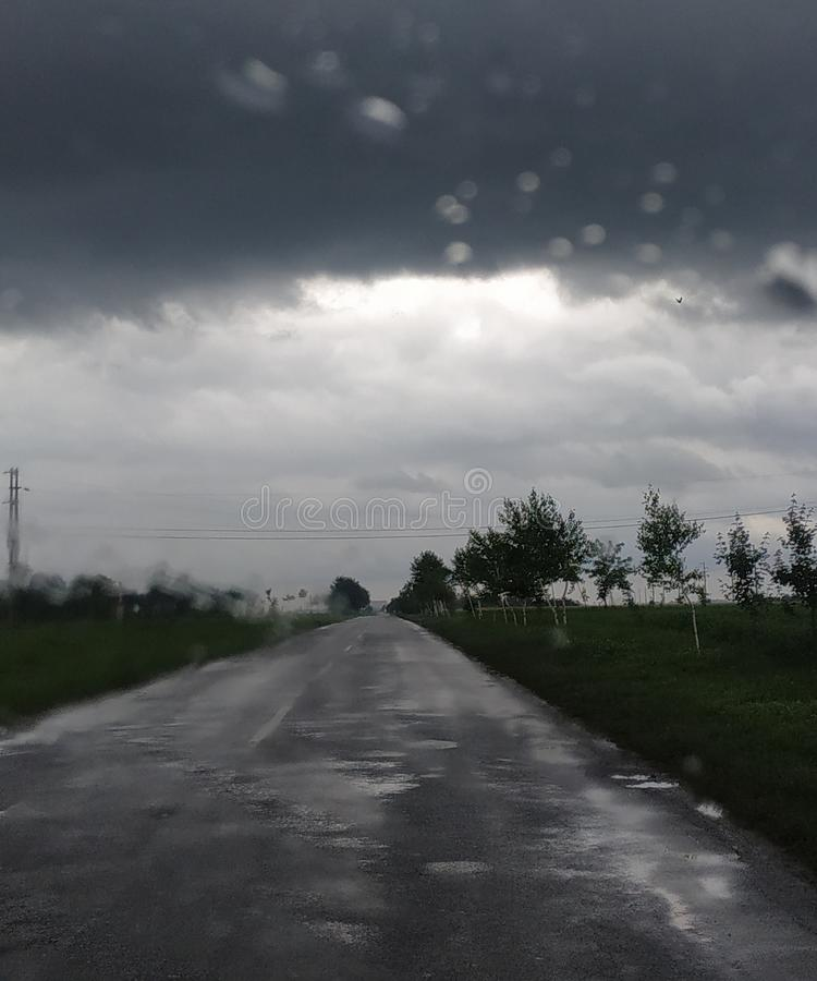 El tiempo peor nunca Nubes pesadas fotos de archivo libres de regalías