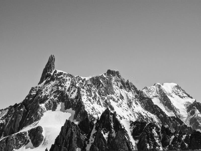 El top de la montaña foto de archivo