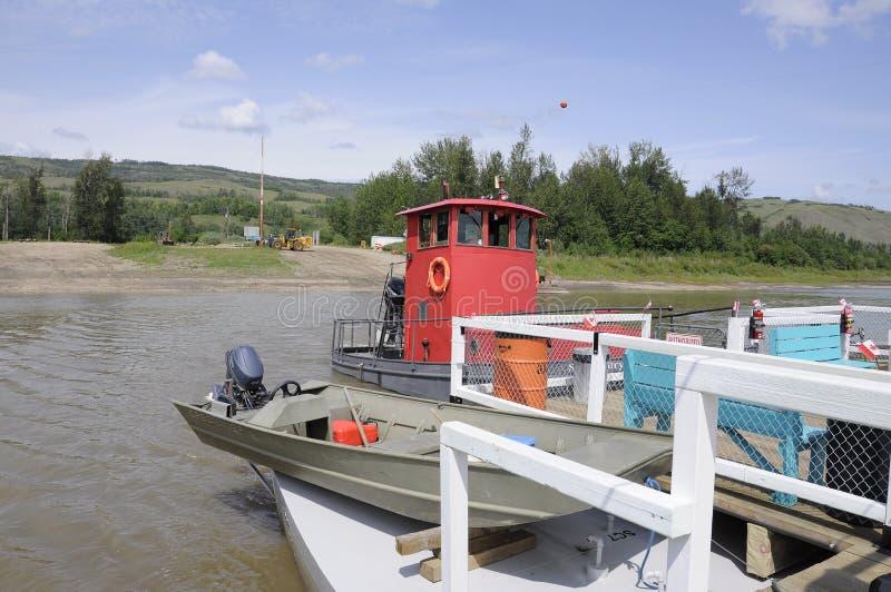 El transbordador de Shaftesbury en el Peace River fotos de archivo
