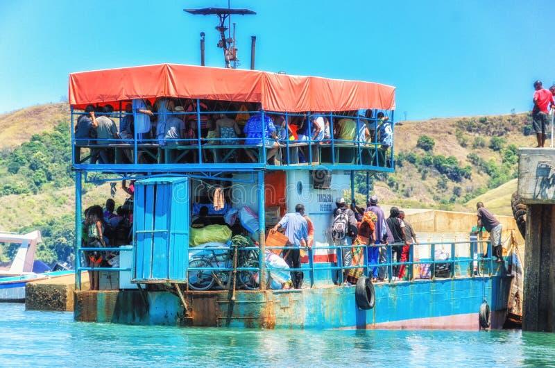 El transbordador local en entrometido sea isla, Madagascar fotografía de archivo libre de regalías