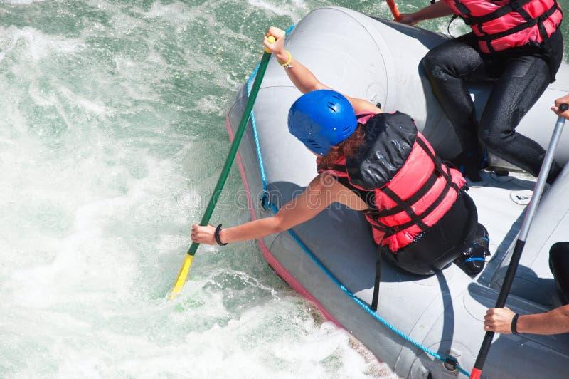 El transportar en balsa como deporte del extremo y de la diversión foto de archivo libre de regalías