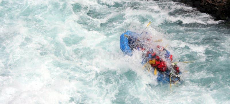 El transportar en balsa del río fotografía de archivo libre de regalías
