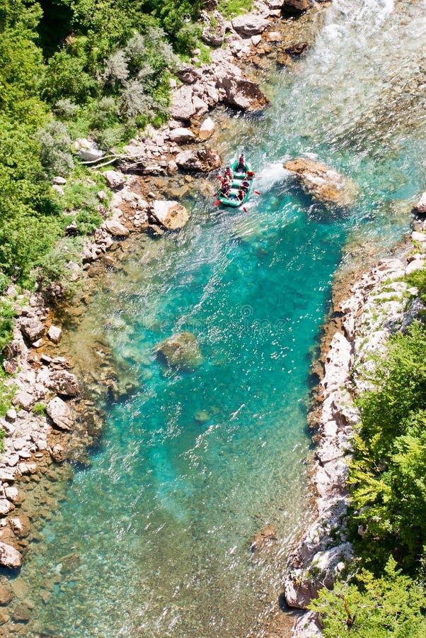 El transportar en balsa en Tara River imagen de archivo libre de regalías