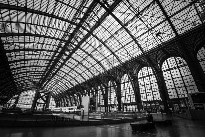 El tren central Staion en Amberes fotografía de archivo