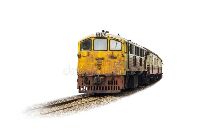El tren del amarillo de la procesión llevó en locomotora eléctrica diesel vieja en las vías imágenes de archivo libres de regalías