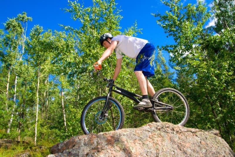 El truco extremo de la bici foto de archivo libre de regalías