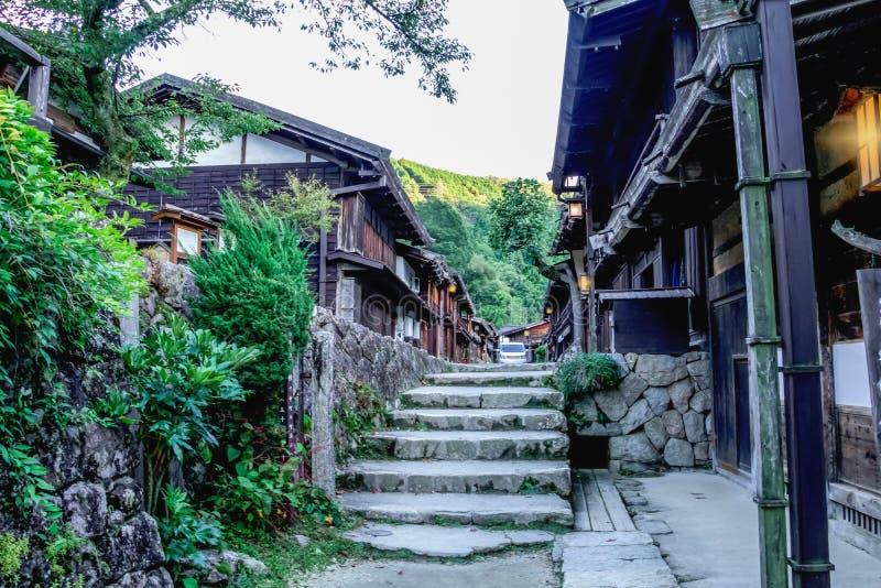 El valle de Kiso es la ciudad vieja o el buil de madera tradicional japonés fotografía de archivo libre de regalías