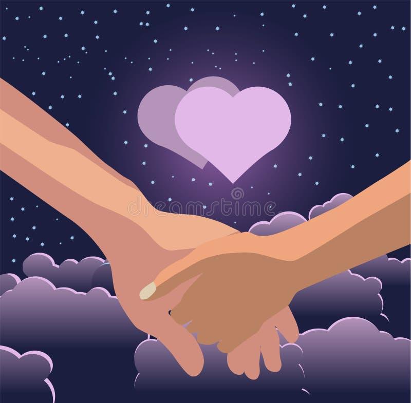 El varón y la mano femenina se ligan contra la perspectiva del cielo con nubes y una luna bajo la forma de corazón imagenes de archivo