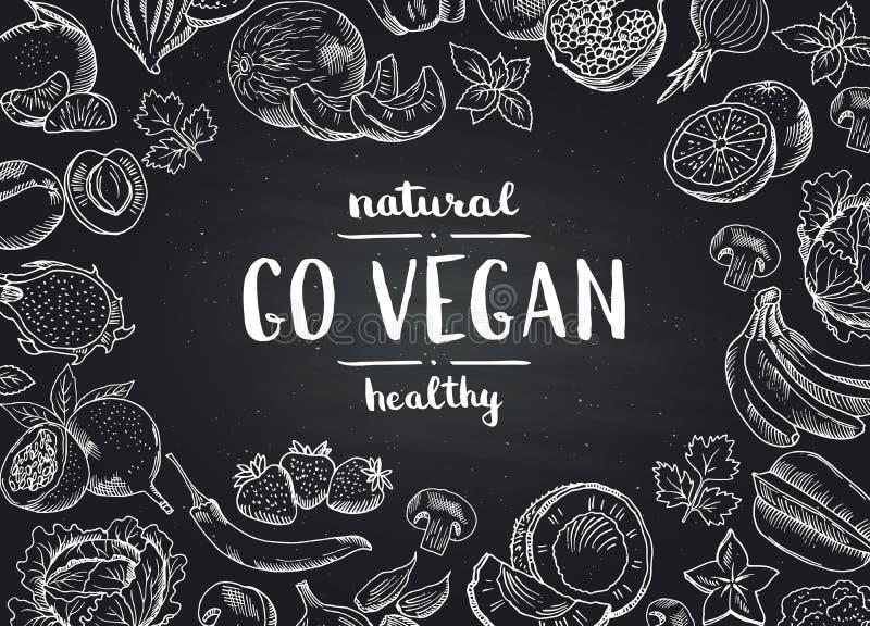 El vector va fondo de la pizarra del vegano con las frutas y verduras handdrawn del garabato stock de ilustración