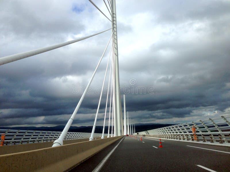 El viaducto de Millau imagen de archivo libre de regalías