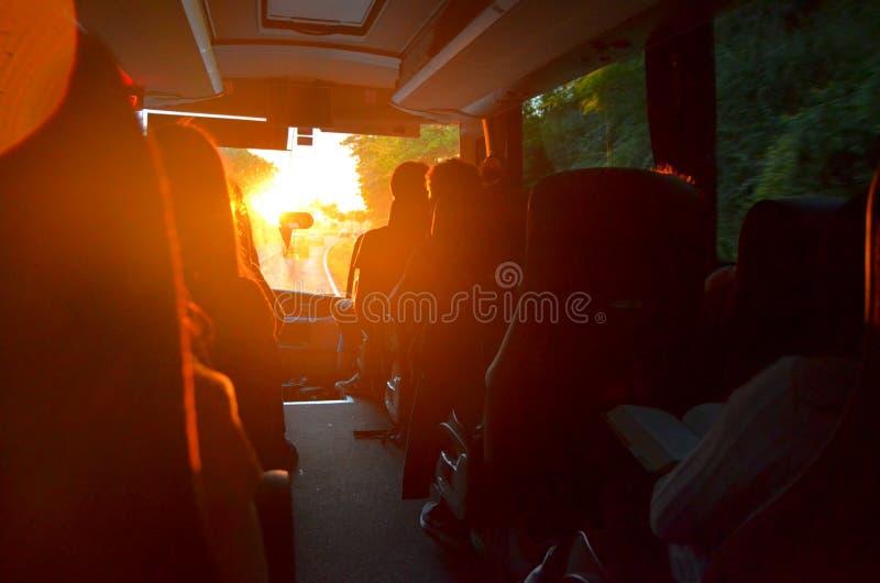 El viajar en Bus foto de archivo
