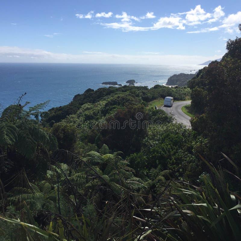 El viajar a través de Nueva Zelanda foto de archivo