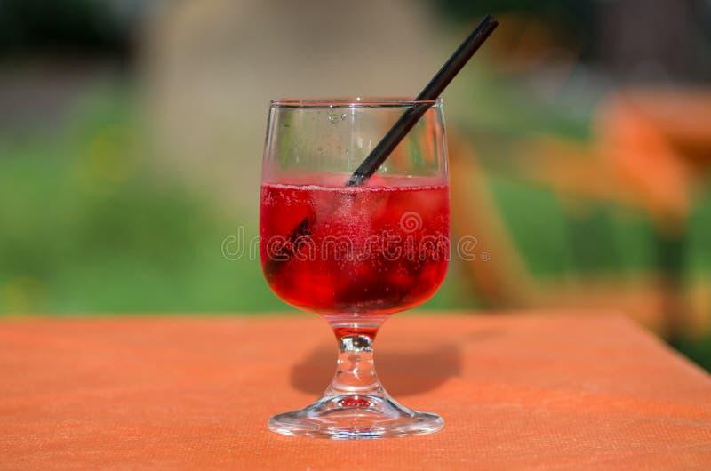 El vidrio de spritz imagen de archivo