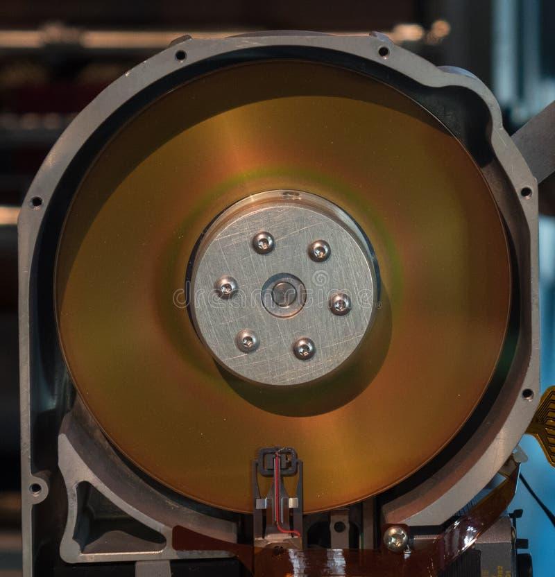 El viejo cierre de la unidad de disco duro para arriba fotos de archivo