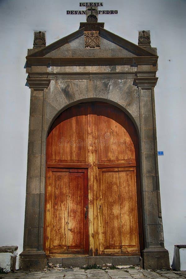 El viejo español resistió a la puerta en Vilaflora, Tenerife imagen de archivo libre de regalías