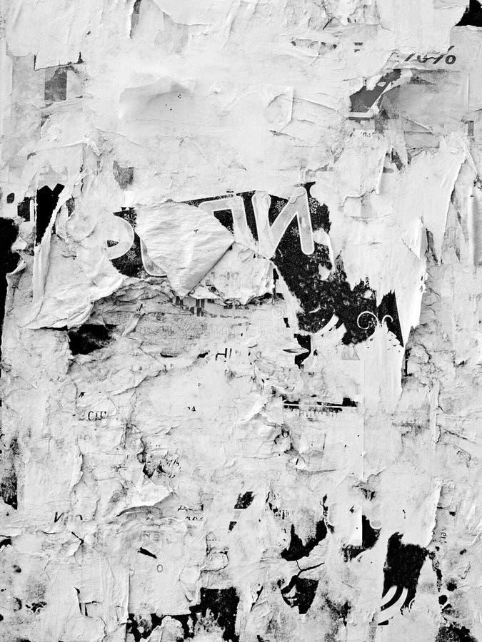 El viejo Grunge publicitario rasguñado del vintage empareda el papel de cartel rasgado cartelera, capítulo urbano Crumpl arrugado imagenes de archivo