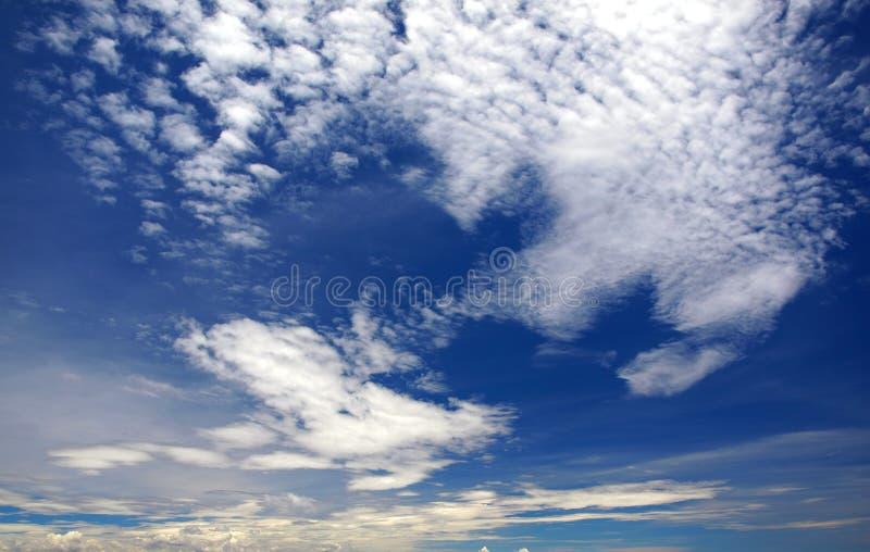 El viento barrió el cielo foto de archivo libre de regalías