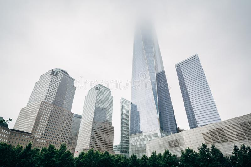 El World Trade Center en niebla, en Lower Manhattan, New York City fotografía de archivo libre de regalías