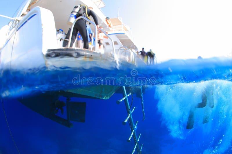 El zambullirse en el Mar Rojo fotos de archivo