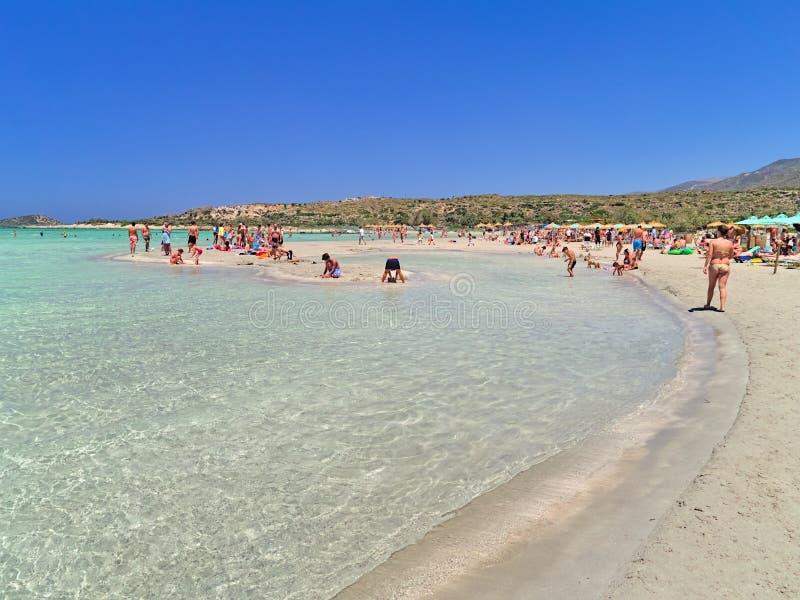 Elafonisi拥挤沙滩  图库摄影