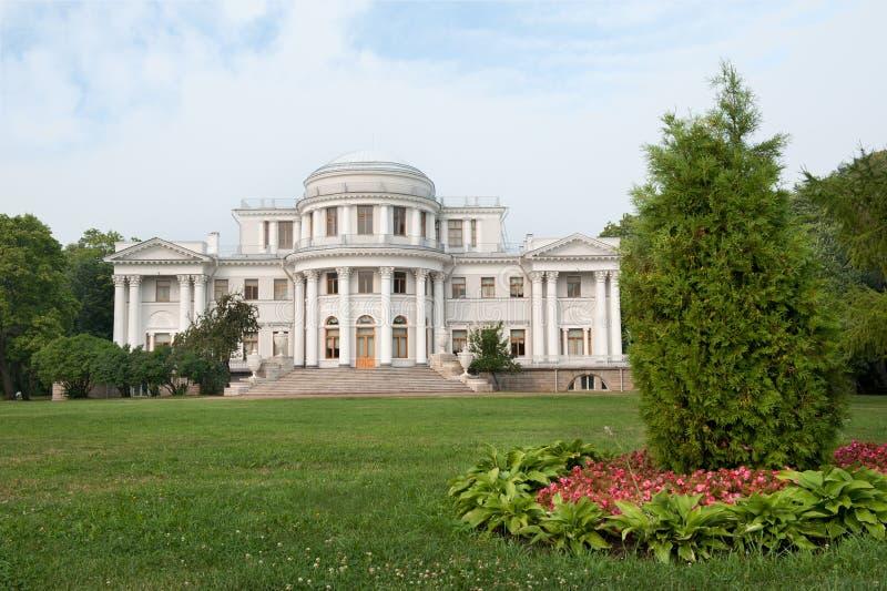 elagin宫殿彼得斯堡圣徒 库存照片