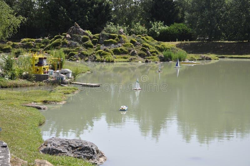 Elancourt F, 7月16日:可西嘉岛在纪念碑的微型再生产的小岛风景从法国停放 库存图片
