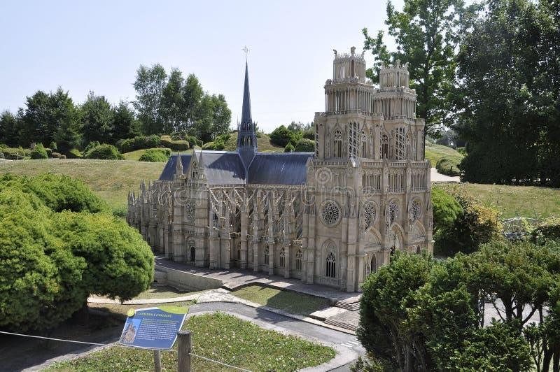 Elancourt F, Lipiec 16th: Notre Damae katedra od Paryż w Miniaturowej reprodukci zabytku park od Francja zdjęcie royalty free