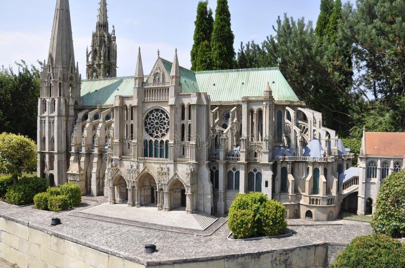 Elancourt F, o 16 de julho: Cathedrale de Chartres na reprodução diminuta dos monumentos estaciona de França foto de stock royalty free