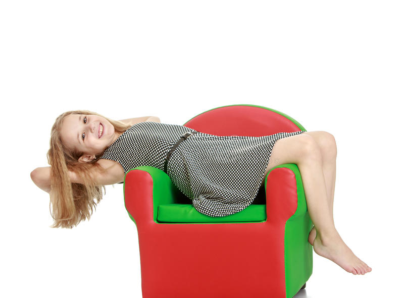 Elastyczna młoda blondynki dziewczyna w krótkim jedwabiu zdjęcie stock