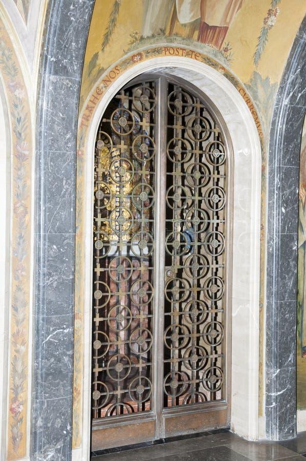 Żelazny drzwi obraz stock