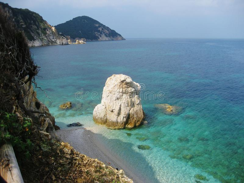Elba Island nordlig kust, Italien royaltyfri bild