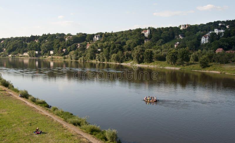 Elbe nahe Dresden lizenzfreie stockfotografie