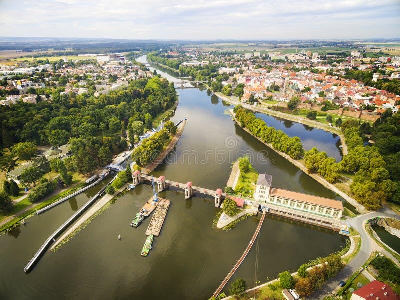 Elbe - rio de Labe em Nymburk - Nimburg fotografia de stock royalty free