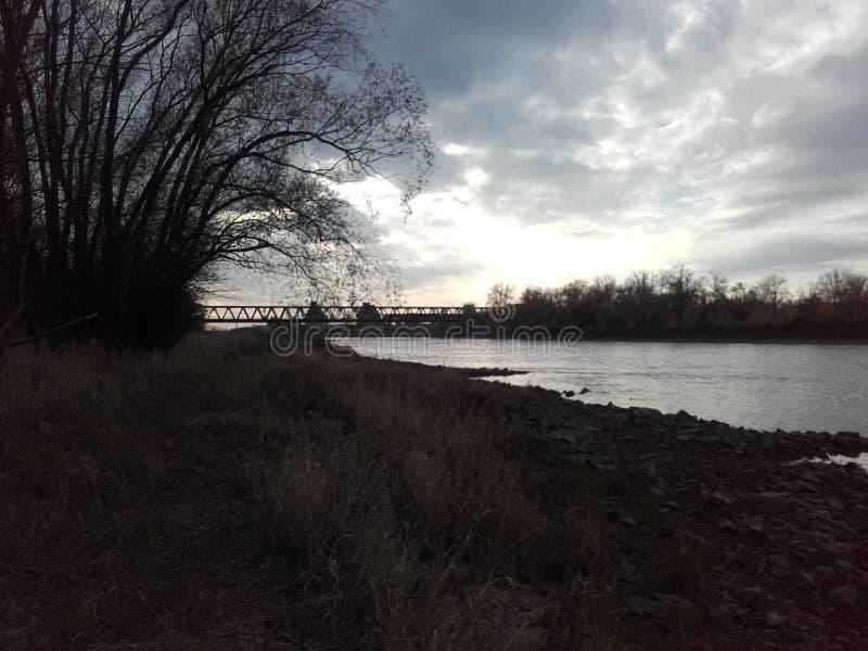 Elbe, River, Puesta de sol foto de archivo