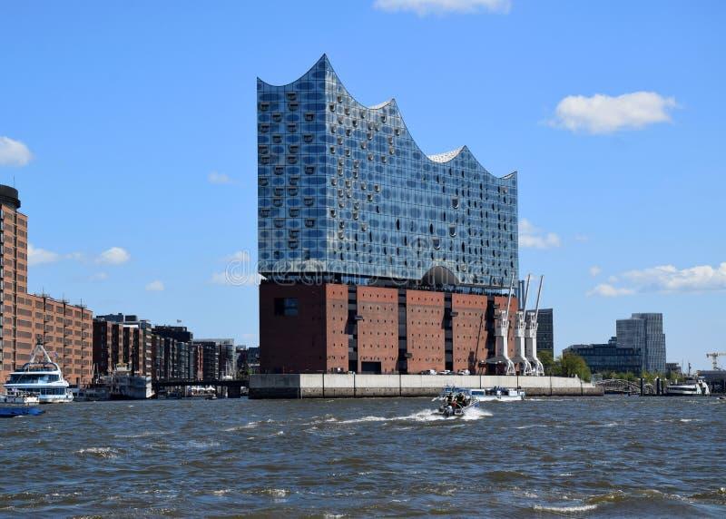 Elbfilharmonie, Hamburg - Hafengeburtstag St pauli-Landungsbrucken, de Viering van de Havenverjaardag royalty-vrije stock fotografie