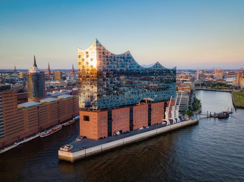 Elbphilharmoni日落汉堡德国 免版税库存照片
