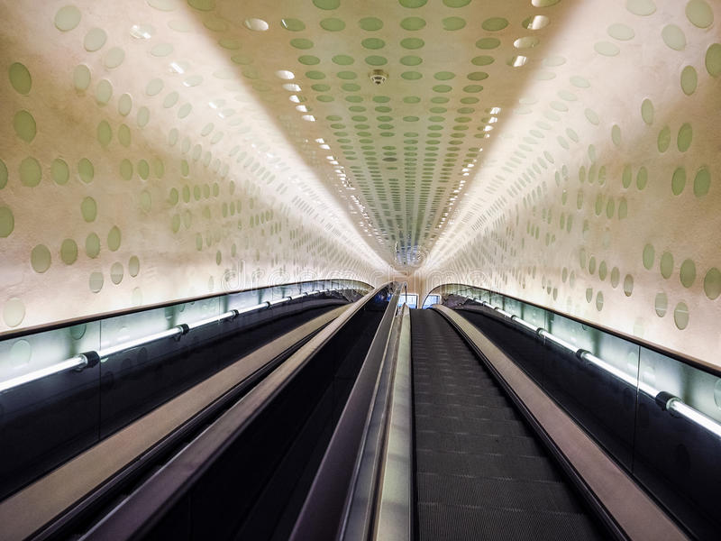 Elbphilharmonie filharmonii eskalator w Hamburskim hdr obrazy royalty free