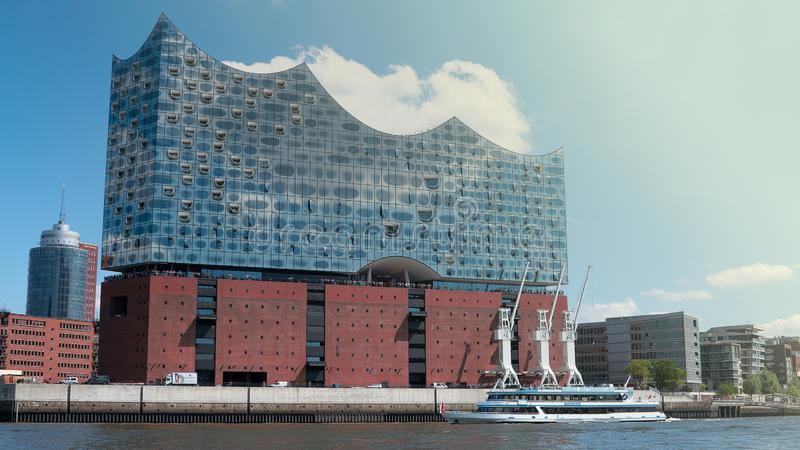 Elbphilharmonie konserthall i Hamburg royaltyfri fotografi