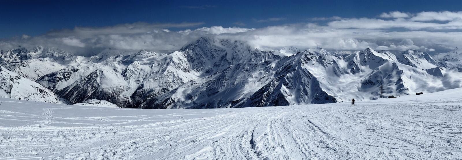 Elbrus, Caucase, Russie photo stock