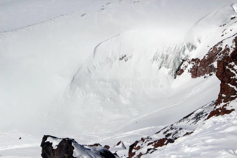 Elbrus de Caucase de glacier d'avalanche de flanc de montagne de Milou images libres de droits