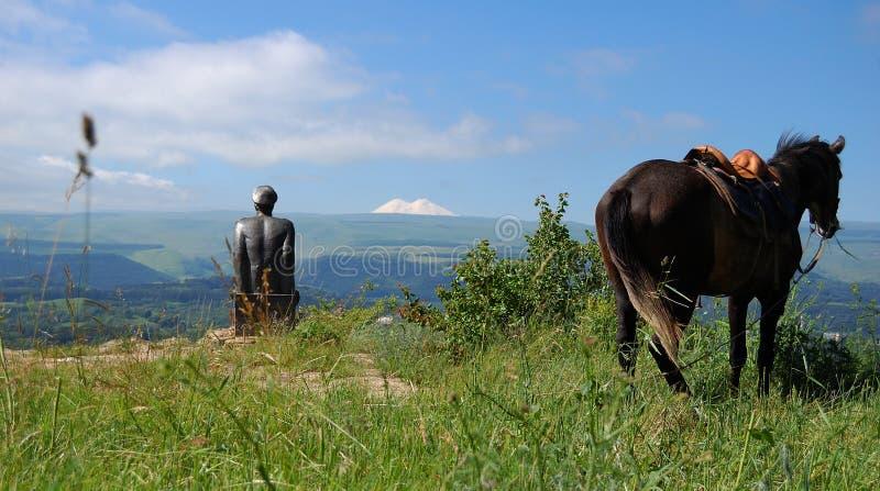 Elbrus Lermontov i koń obrazy stock